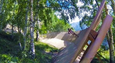 Claudia Clement Downhill Mountain Bike at Venosc - Les 2 Alpes, MTB, bikepark, bike , mondraker summum