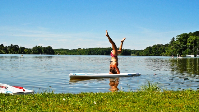 yoga stand up paddle claudia clement